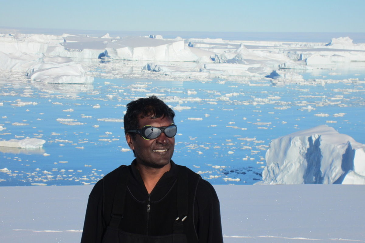 In Antarctica, you're never really alone - A polar perspective on working in isolation